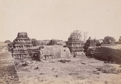 General view of the Navalinga Temple complex, Kukkunur